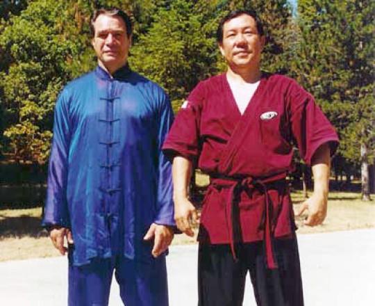Il Maestro Yang Lin Sheng con il Maestro Sergio Mor Stabilini